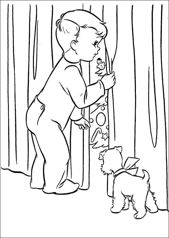 Раскраска Новогодние  для детей, мальчик подсматривает, собачка. Скачать новогодние.  Распечатать новогодние