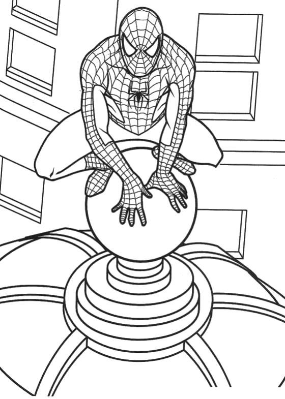 Раскраска Человек паук на крыше дома. Скачать Человек Паук.  Распечатать Человек Паук