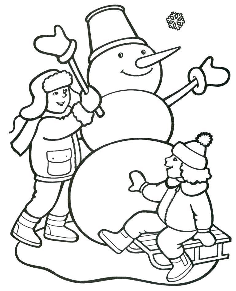 Раскраска Лепка снеговика. Скачать .  Распечатать