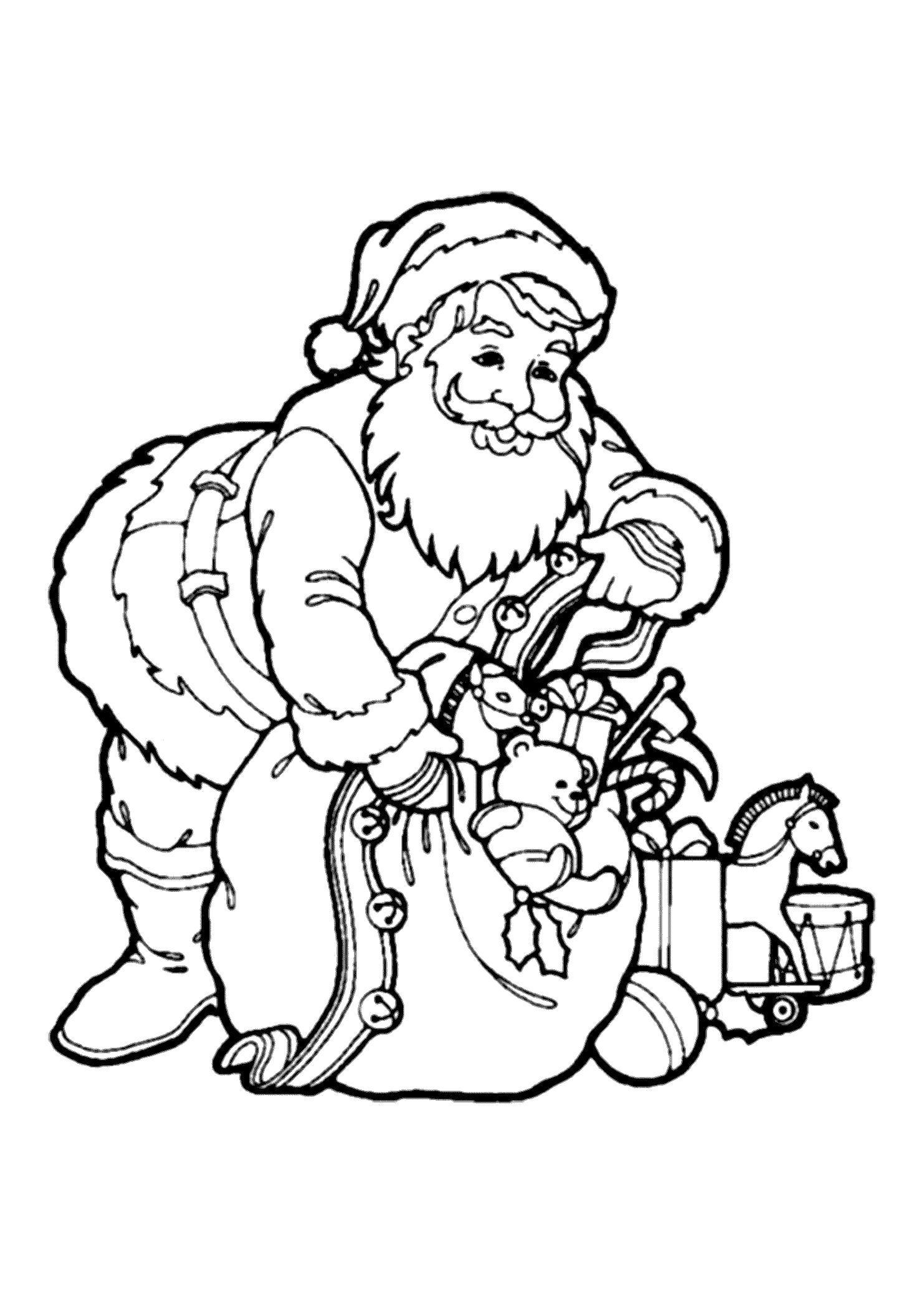 Раскраска Санта собирает мешок подарков. Скачать .  Распечатать