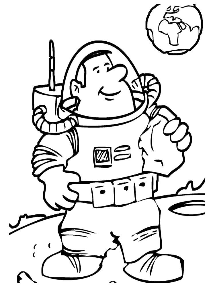 Раскраска Космонавт на Луне. Скачать день космонавтики.  Распечатать день космонавтики
