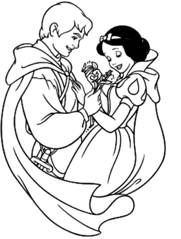 Раскраска  Принц дарит Белоснежке цветок. Скачать белоснежка.  Распечатать белоснежка