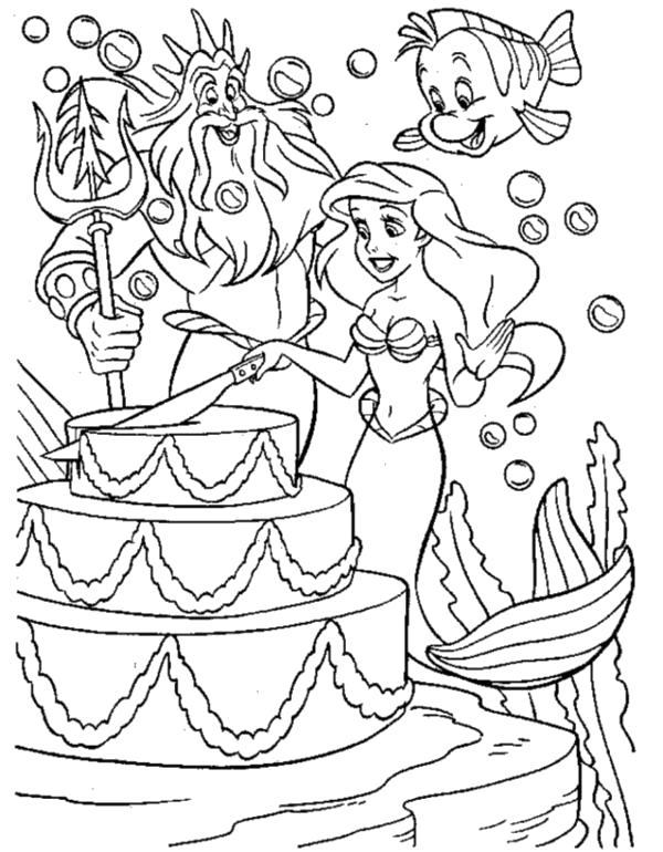 Раскраска  Ариэль режет торт. Скачать Ариэль.  Распечатать Ариэль
