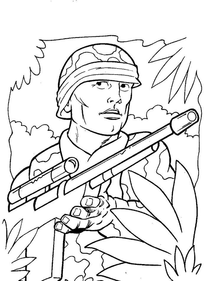 Раскраска солдат с ружьем, поздравительная открытка. Скачать 23 февраля.  Распечатать 23 февраля