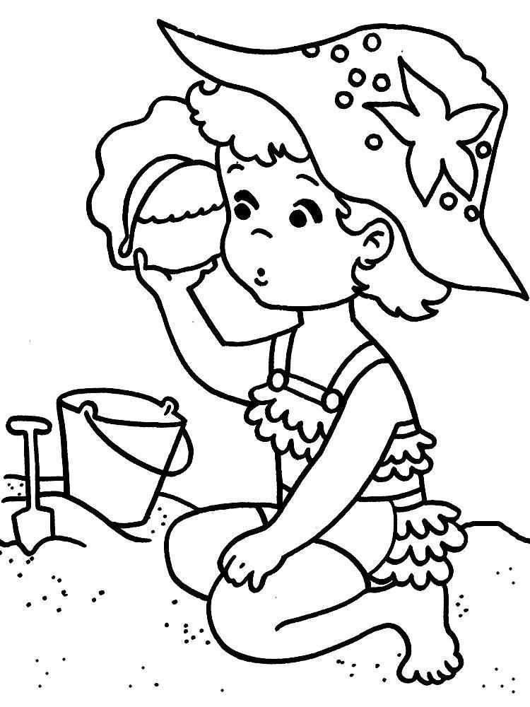 Раскраска Девочка слушает ракушку на пляже. Скачать .  Распечатать