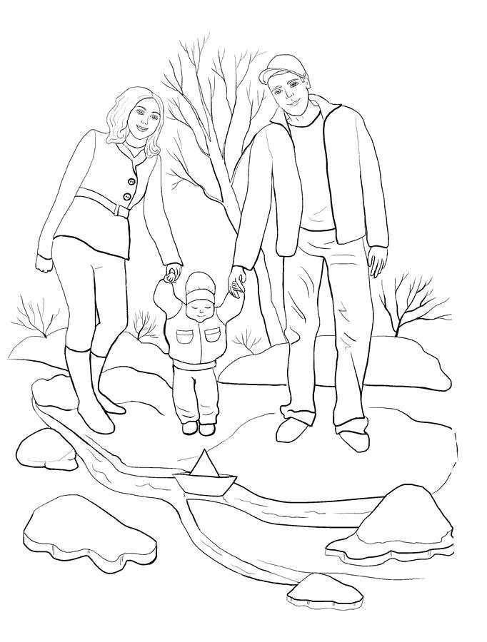 Раскраска семья гуляет с маленьким ребенком. Скачать Весна.  Распечатать Весна