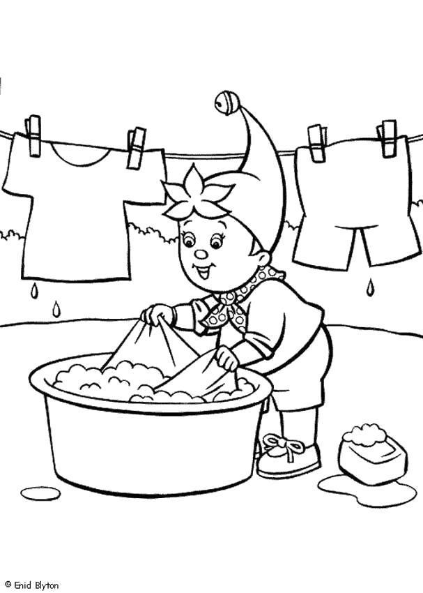 Раскраска мальчик стирает одежду . Скачать .  Распечатать