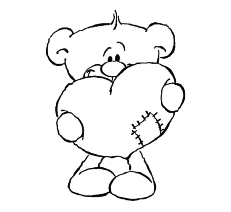 Раскраска Мишка держит сердце с заплаткой . Скачать сердце.  Распечатать сердце