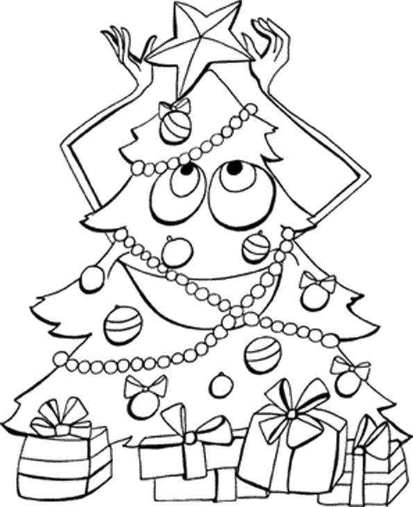 Раскраска елка . Елка поправляет звезду. Подарки под елкой.. Скачать Елка, Елочные игрушки, Подарки.  Распечатать Новый год