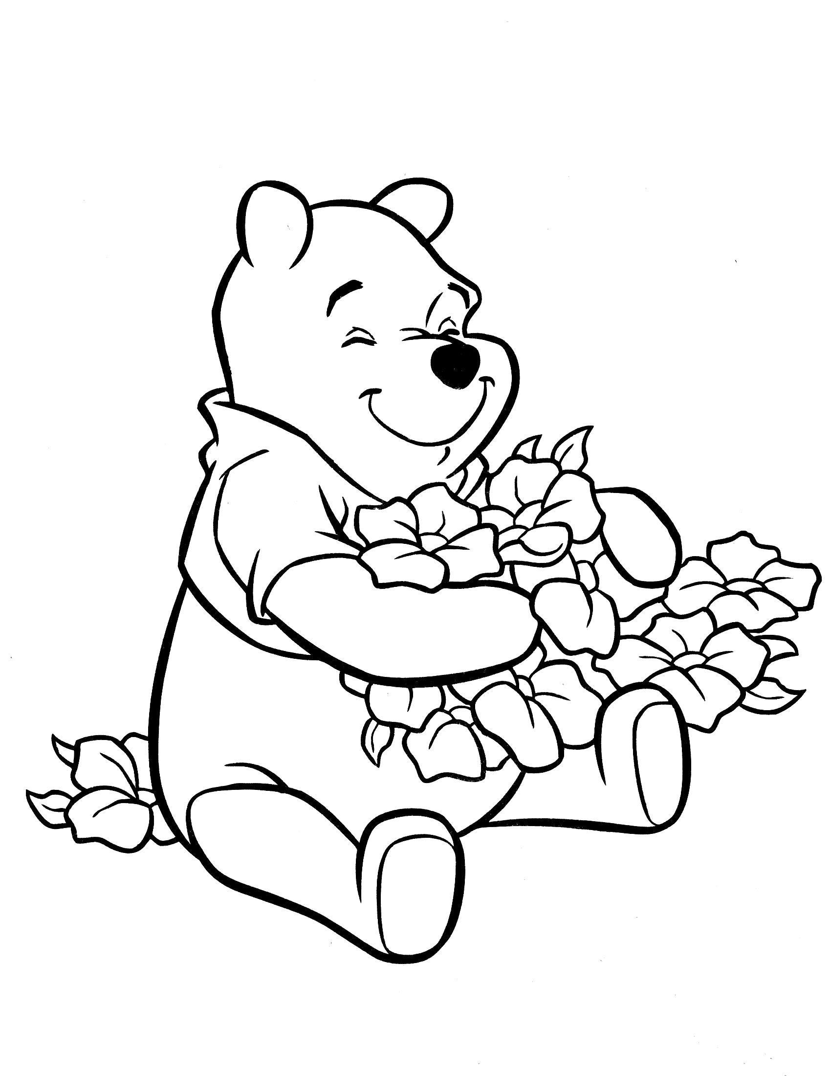 Название: Раскраска Мишка с цветами. Категория: Винни Пух. Теги: Винни Пух.