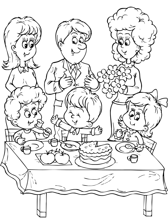 Раскраска день рождения, семья поздравляет мальчика с днем рождения. Скачать День рождения.  Распечатать День рождения