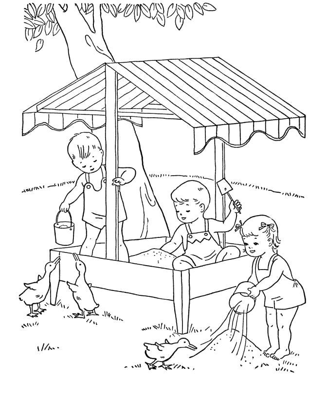 Раскраска дети играют в песочнице. Скачать Лето.  Распечатать Лето